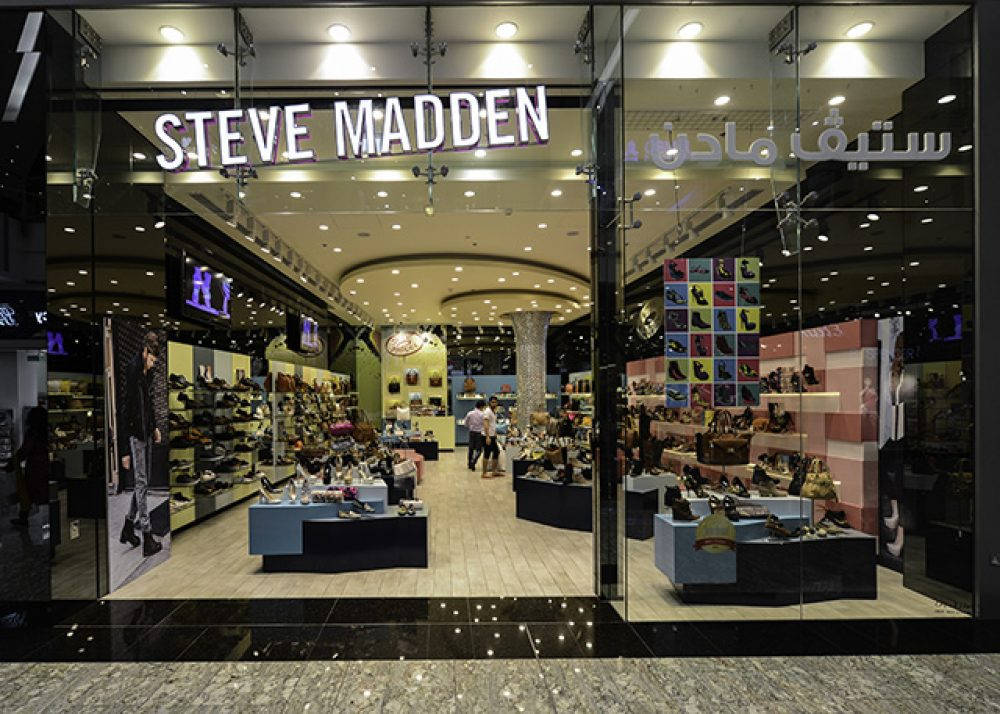 ad449c1ccec Snap STEVE MADDEN Dubai Shopping Guide photos on Pinterest