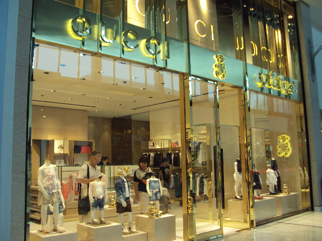 f577f66a2a75c Gucci Kids